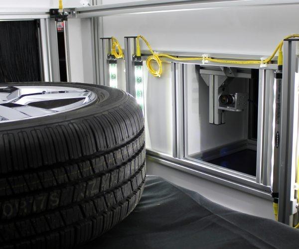 Inspección de llantas y neumáticos